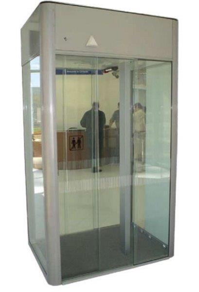 Porta eclusa acesso